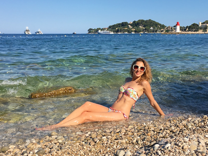 french-blogger-valentina-nessi-style-summer-2016-cap-ferrat-bikini-lovers-snapchat-photo-09
