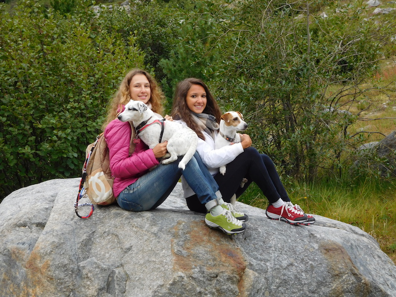 morteratsch-glacier-engadina-mountain-girls-swiss-bloggers-06