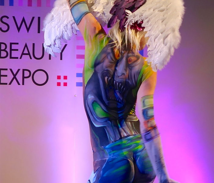 SWISS BEAUTY EXPO: SFILATA BODY-PAINTING