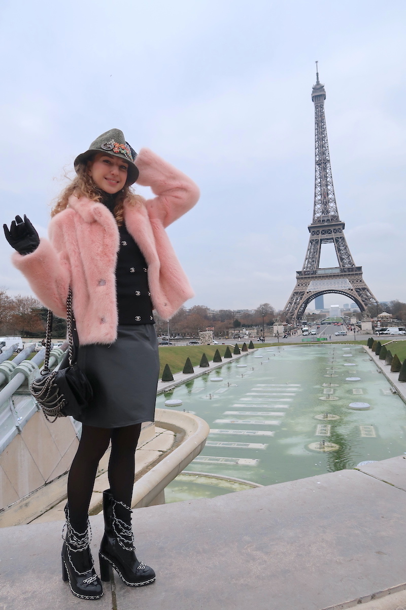 beautiful-apparel-fashion-blogger-paris-eiffel-tower-feb-17