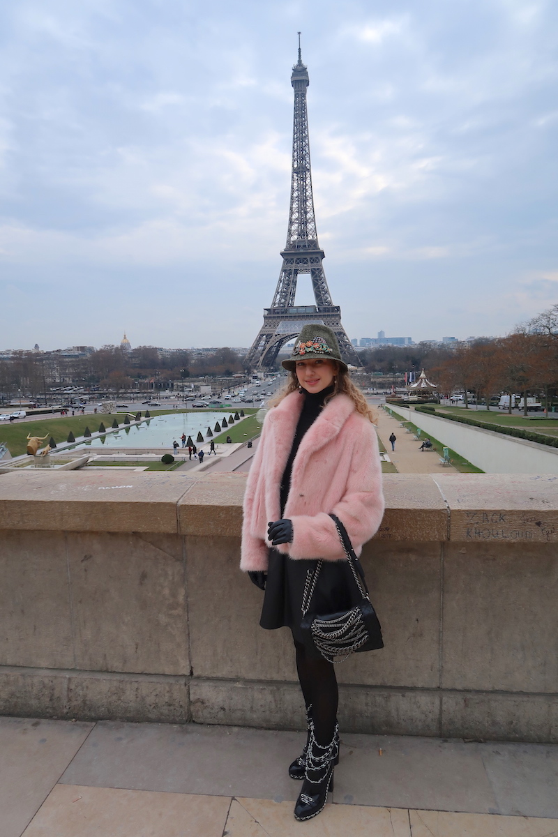 beautiful-apparel-paris-eifel-tower-style-blogger-feb-170
