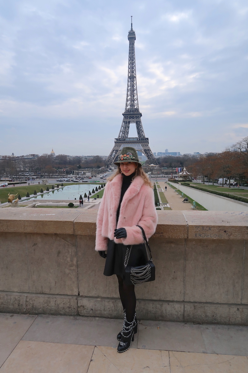 beautiful-apparel-paris-eifel-tower-style-blogger-feb-171