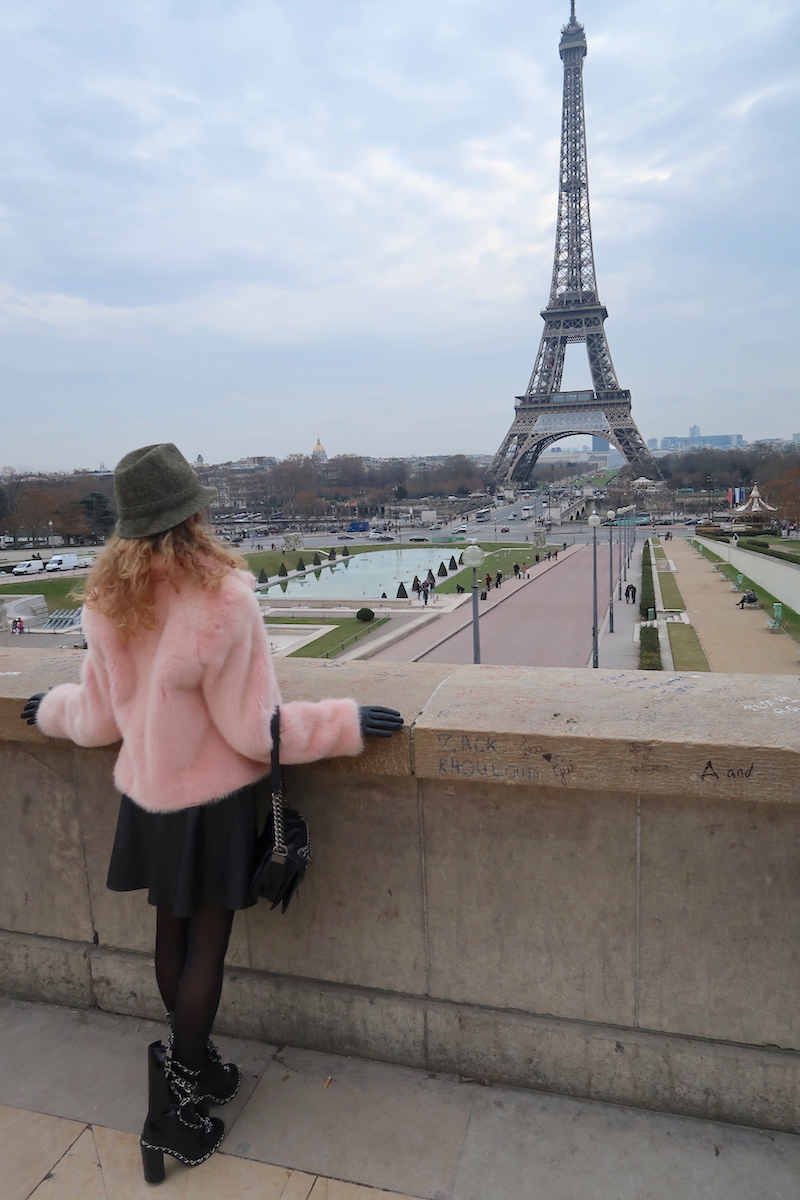 luxury-travel-blogger-paris-eiffel-tower-view-feb-170