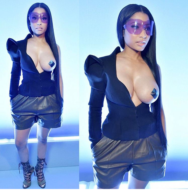 nicki-minaj-sexy-look-paris-fashion-week-haider-ackermann
