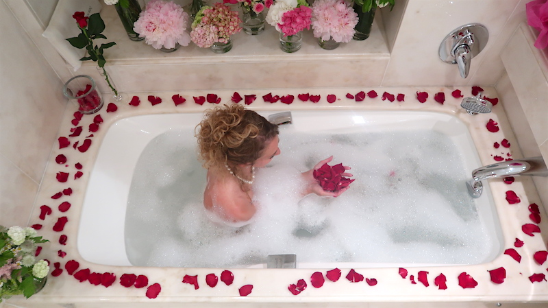 FLOWER BATH - V Fashion World