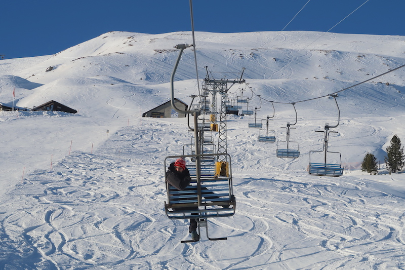 winter-wonderland-in-st-moritz-suvretta-ski-lift-20