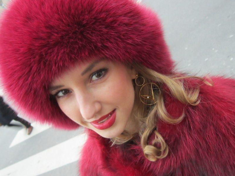 RED FOX LOOK IN PARIS