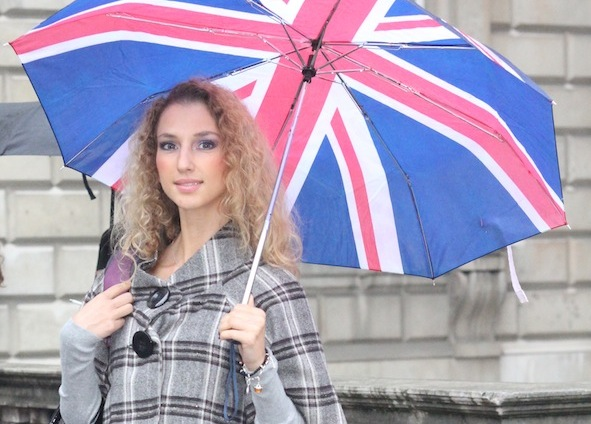London Fashion Week LOOK 2