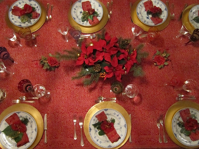Come apparecchiare la tavola per Natale?