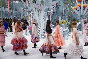 CHANEL Haute Couture Spring-Summer 2015 Fashion Show