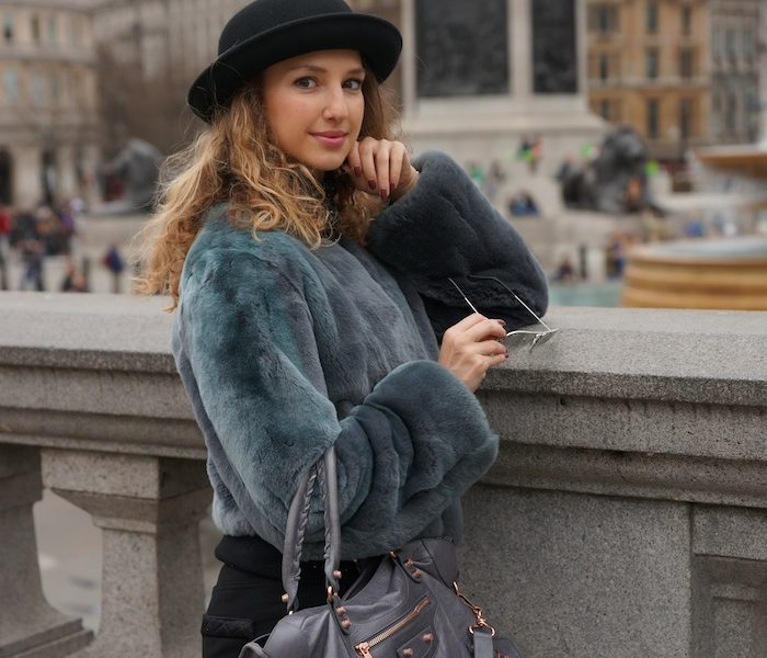 LONDON STREET STYLE – TRAFALGAR SQUARE