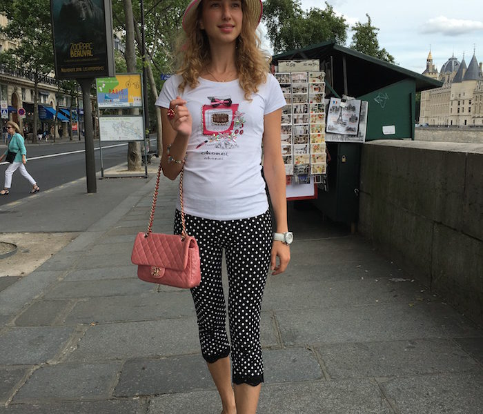 Parisienne in Pois