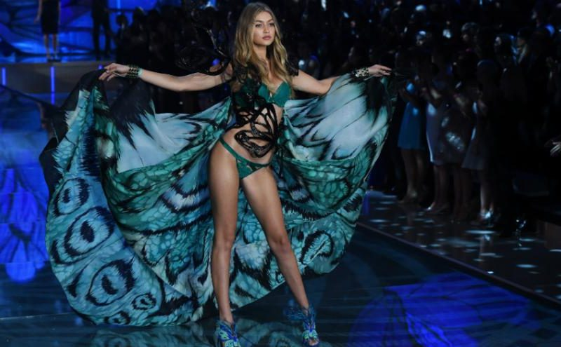 Victoria's Secret Fashion Show flies to Paris
