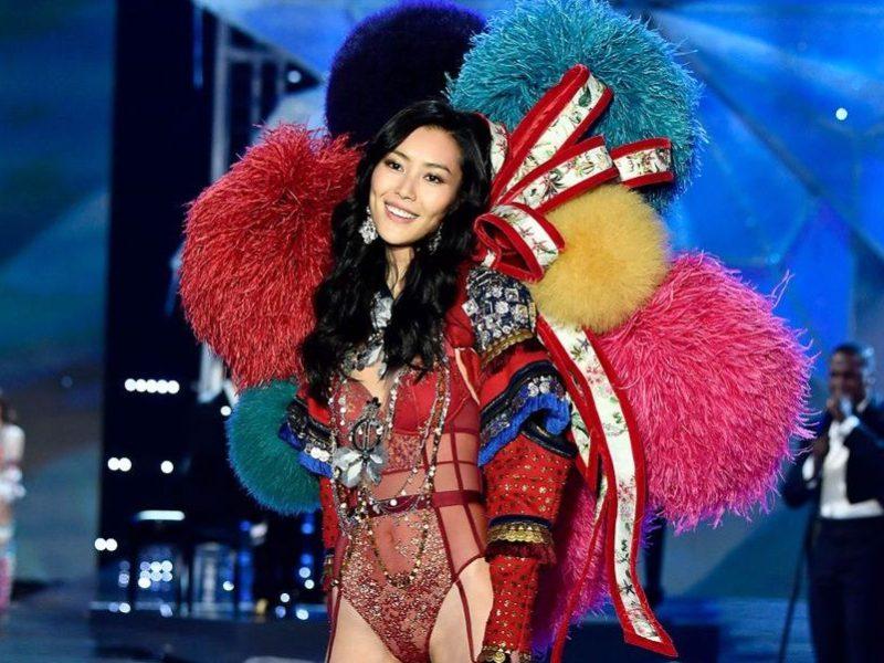 Chinese models pour le difilé Victoria's Secret à Shanghai